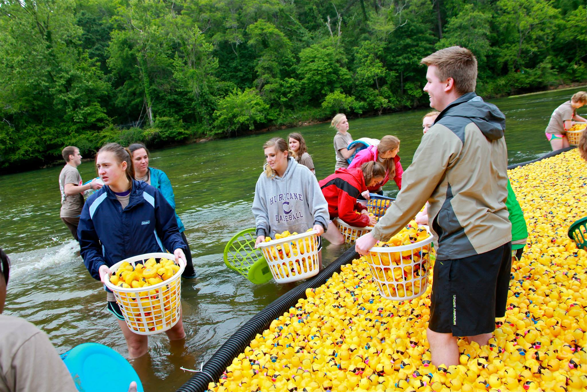 8 ways children can volunteer for your Derby Duck Race - duck clean up crew